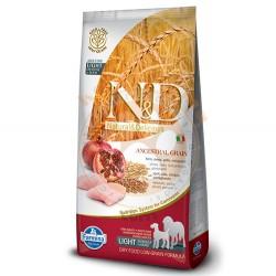 N&D (Naturel&Delicious) - ND Düşük Tahıllı Tavuk Narlı Light İri ve Orta Irk Köpek Maması 12 Kg+10 Adet Temizlik Mendili